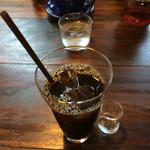 トレモロ - ドリンク写真:アイスコーヒー。