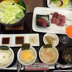 サンセットハウス - 料理写真:マグロステーキ丼¥1350