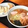 ばんらい - 料理写真:ラーメン¥500+餃子¥350で¥910??????…