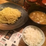 51591489 - つけ麺(並)780円+サービスごはん