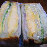 パン アトリエ クレッセント  - サンドイッチ