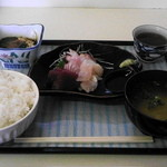 中園食堂 - 昼の新メニュー刺身定食500円(昼限定5食)