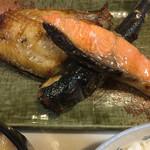 たまや食堂 - おまかせセットの焼魚 3種類も✨