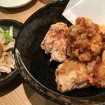 からあげ居酒屋いっぽ - 料理写真:鶏皮ポン酢&唐揚げ(ハーフ&ハーフ)