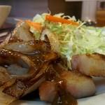 洋食 キムラヤ - 脂身、甘くてジューシー!