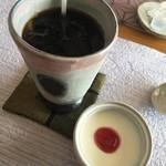 カフェワワワ - アイスコーヒーとデザート