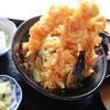 居酒屋食堂 なじみ - 料理写真:満ぷく鶏天丼 780円 今日もすごいですね