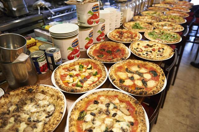 https://tabelog.ssl.k-img.com/restaurant/images/Rvw/51727/640x640_rect_51727645.jpg
