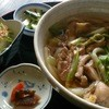 キジマ峠の茶屋 - 料理写真:旨味がしっかり♪女性にも人気の地鶏うどん