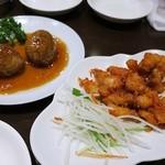 51748399 - 55ジャンボ肉団子¥680/25鶏軟骨の唐揚¥400