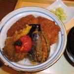 タレカツ - 野菜&ヒレかつ丼