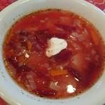 ロシア家庭料理 ターニャ - ボルシチ。