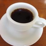 ピッツァ&グリル横浜パラダイス - ドリンクバーは、コーヒーの他、ジュースや、アイスティーなど。
