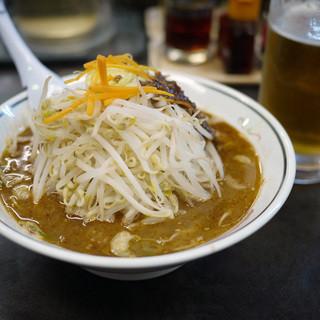 ハルピンラーメン 下諏訪町役場前店 - 料理写真:やさい塩ハルピン&生ビール~☆
