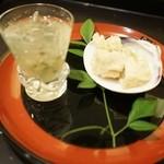 安久 - じゅんさい、桑名産蛤天ぷら、山椒