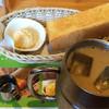 コメダ珈琲店 - 料理写真:たっぷりアイスオーレ 540円 Bモーニング