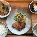 岡山淳風会タニタ食堂 - 週替わり定食(バーベキューチキン定食)@780