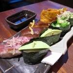 加藤商店 バル肉寿司 since2010 by 炉とマタギ - 稲荷、元祖極み寿司、中トロ、おくら、アボカド
