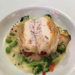 ウーベルチュール - スズキと白身魚のパイ包み