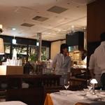Steak&Trattoria Carnesio - 店内