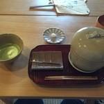51872457 - 饅頭蒸しとお抹茶(数量限定) 900円