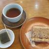 村岡屋 - 料理写真:試食で出された、袋入りさが錦と玉露入り羊羹