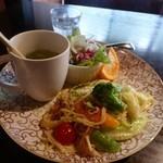 Cafe 住留 - パスタランチ 980円