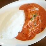 グリーンインドレストラン - ランチタイムのカレーライス(アルー・チキン)550円