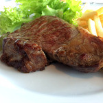 ブラッスリーオザミ - オージービーフのステーキ。
