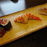 鮨 恵三 - 藤袴 鉄火、車海老、鯵