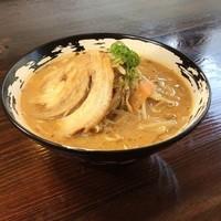 野菜盛り広島呉ますやみそ麺
