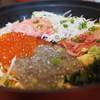 とびっちょ - 料理写真:5色丼