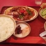 満州楼 - 酢豚定食