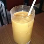 サンバンダ - アイスコーヒー。