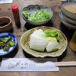 宮田楼 - 白菜の漬け物 300円