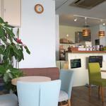 Cafe Russ-Kich - 明るくアットホームなカフェ