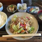 ひさや - 料理写真:野菜いため定食=700円