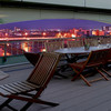 ホテルリバージュアケボノ ビアテラス - 内観写真:足羽川沿い30メートルからの夜景