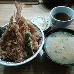 52090064 - 天丼『松』と、お味噌汁120円。
