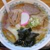 栄屋分店 - 料理写真:冷やしワンタンメン870円。                     28.6.10
