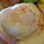 Cinnamon's Restaurant - 卵のアップ