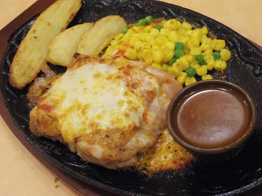 https://tabelog.ssl.k-img.com/restaurant/images/Rvw/52108/52108350.jpg