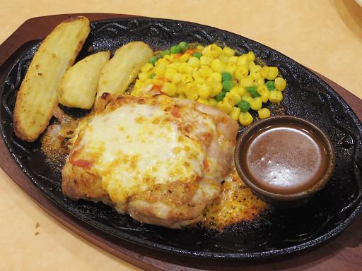 https://tabelog.ssl.k-img.com/restaurant/images/Rvw/52108/52108351.jpg