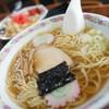 ゆりや食堂 - 料理写真:ラーメン + 半チャン