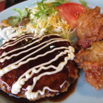 たよし - ハンバーグと鶏唐揚げ