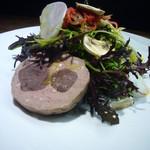 レストラン・カワサキ - 料理写真:前菜(富士宮芝川の畑のサラダと鹿肉コンフィと豚のテリーヌ)