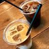 マイクロレデイコーヒースタンド - ドリンク写真:アイスドリップコーヒー(430円)、アイスカフェ・ラテ(430円)