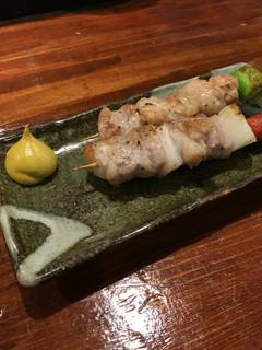 炉端のユーカラ - とり串&豚串税込180円♤炉端焼美味し!