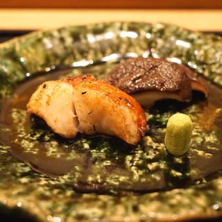 虎白 - 焼物 (金目鯛 椎茸)