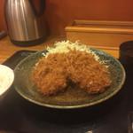 とんかつ まるや - メンチかつ定食(800円)